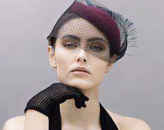 Estilo vintage Pillbox Hat, sombrero de plumas, velo sombrero de cóctel, fieltro Hatinator - Lila