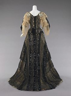 ~Ensemble, Evening  Date: 1890–95 Culture: American Medium: silk~  lily's note:  front view pinned earlier.
