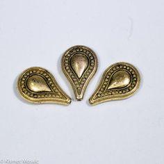 BD133 - Antique Gold Teardrop Beads