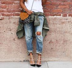 Como usar los jeans con hoyos y tener el look perfecto
