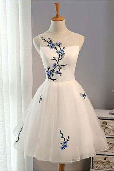 Prom Dresses For Girls #PromDressesForGirls, Prom Dresses For Cheap #PromDressesForCheap, Prom Dresses Short #PromDressesShort, Prom Dresses White #PromDressesWhite, A-Line Prom Dresses #ALinePromDresses