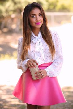 Diy: Faux Leather Circle Skirt by Dulce Candy Hernández Hernández Candy Bow Blouse, Blouse And Skirt, Runway Fashion, Fashion Beauty, Fashion Outfits, Fashion Styles, Teen Fashion, Pretty Outfits, Cute Outfits