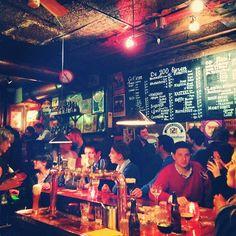 Café Gollem in Amsterdam, Noord-Holland