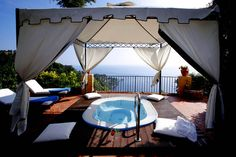 Jacuzzi Suite, San Domenico Hotel, best views in Taoramina  http://www.amthotels.it/sandomenico/gallery/foto