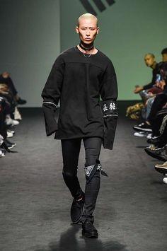 Male Fashion Trends: Vlades Spring-Summer 2017 - Seoul Fashion Week