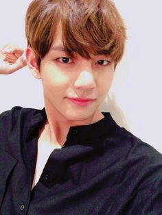 BTS - V (Kim Taehyung)