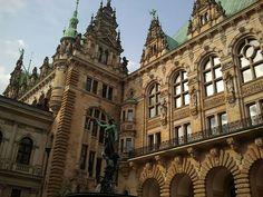Hamburg Rathaus, Innenhof