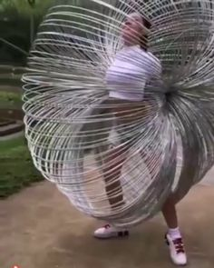 Geek Discover I thought it was a giant slinky toy at first GIF Images Gif Photo Images Gif Photo Funny Cute The Funny Hilarious Slinky Toy Beste Gif Oddly Satisfying Videos Funny Cute, The Funny, Slinky Toy, Beste Gif, Funny Jokes, Hilarious, Funny Gifs, Videos Funny, Oddly Satisfying Videos