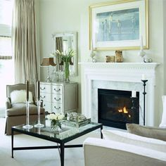 Pale Beige-Gray Walls with a Glossy White Finish Dream Living Rooms, Lounge Room Styling, Living Room Colors, Living Dining Room, Home And Living, Home Living Room, Living Room Makeover, Neutral Living Room Colors, Neutral Living Room