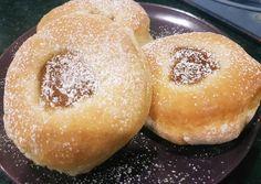 Sütőben sült fánk | Lajos Moncsi receptje - Cookpad receptek Doughnut, Hamburger, Bread, Baking, Cake, Sweet, Desserts, Food, Brot