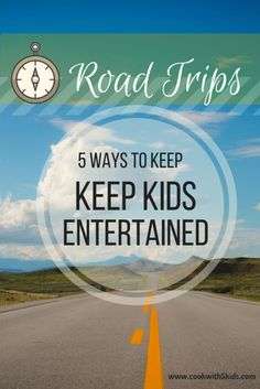 Cookwith5Kids | Road Trip entertainment and a free printable scavenger hunt | https://cookwith5kids.com
