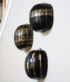 A Kailo Chic Life: Craft It - Black and Gold Tribal Pumpkins