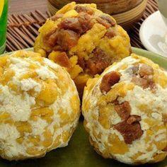 El apetitoso bolón es muy reconocido en Guayaquil, este sabroso alimento lo veremos en algunos lugares de la ciudad como por ejemplo el café de ...