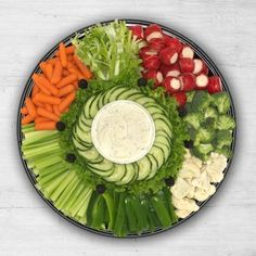 trays for veggie platters Deli Platters, Party Food Platters, Veggie Platters, Party Trays, Food Trays, Vegetable Trays, Meat Trays, Vegetable Tray Display, Meat Platter