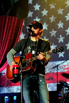 Eric Church- this man is AMAZING live!