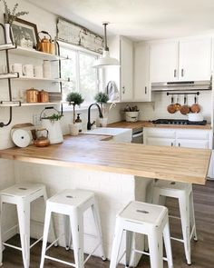 [New] The 10 Best Home Decor (with Pictures) - Hi friends! We are headed to Las Vegas tomorrow for volleyball. Long days ahead but man its fun! Hope everyone has a great night . Home Decor Kitchen, Kitchen Interior, Home Interior Design, Home Kitchens, Kitchen Dining, Küchen Design, Kitchen Countertops, Home Decor Inspiration, Kitchen Remodel