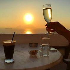 Milos Island/Plaka - Cyclades/Greece Photo by Yiota Kariotis (instagram: @yoyio) #milos #milosisland #milos_island #milosphenomenon #aegean #cyclades #hellas #greece #grecia #grekland #bestisland #visitgreece #visit_greece #vacations #travel #holidays #cyclades_islands #greekislands #griechenland #reasonstovisitgreece #travel_greece #sunset #plaka #wine #tradition #sun #sky #summer Visit Greece, Sea Level, Greek Islands, Greece Travel, Vacations, Castle, Sky, Wine, Holidays