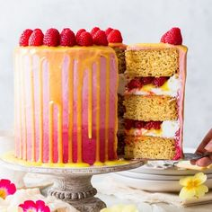 This beautiful and delicious vegan raspberry & lemon cake features fluffy vegan sponges, luscious vegan frosting and a vegan lemon curd drip. Raspberry Lemon Cakes, Lemon Curd Cake, Cake Mix Recipes, Dessert Recipes, Gluten Free Lemon Drizzle Cake, Vegan Lemon Curd, Lemon Cake Mix Cookies, Vegan Frosting, Vegan Buttercream