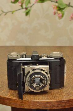 THE ORIGINAL FIRST VERSION, 1934 Black Kodak Retina, model 117