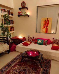 Small Living Room Ideas with Traditional Indian Decor - Sesempatmu Saja Decor Home Living Room, Home Decor Furniture, Diy Room Decor, Living Room Designs, Furniture Stores, Online Furniture, India Home Decor, Ethnic Home Decor, Indian Home Design