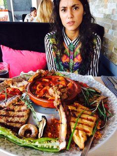 Uit eten met mijn vriend voor zijn propedeuse , heeel veeel vlees