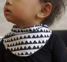 Baby bibs made of hand-printed sarashi japanese cotton fabric/black. triangle
