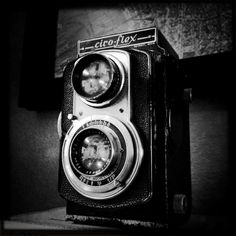 Photo by captain_rick Old Cameras, Vintage Cameras, Twin Lens Reflex Camera, Photo B, Photo Tips, Very Nice Images, Vintage Twins, Camera Obscura, Still Life Photos