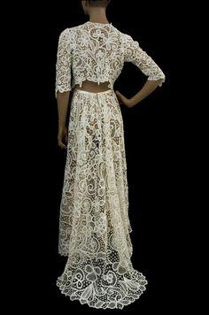 Edwardian long Battenburg lace ivory skirt with train. Matching cropped jacket. Photo: Vintage Textile