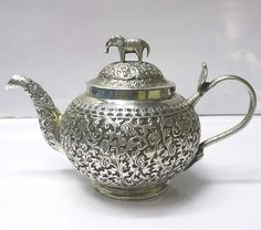 Antique silver teapots silver tea strainers and silver teapot stands from the waxantiques Online Gallery of Antique Silver Bronze, Vintage Silver, Antique Silver, Elephant Teapot, Teapots Unique, Vintage Teapots, Silver Teapot, Tea Strainer, Tea Kettles