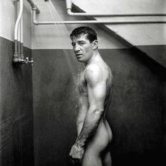 Rocky Graziano l 1950 l photo by Stanley Kubrick l Look Magazine