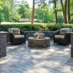 Floor Enchanting Home Outdoor Design Grey Pavers With Fire Pit Paver Patio Ideas Recommending Paver Patio Ideas brick paver patio design ideas best pavers for patio stone paver patio ideas Paved Backyard Ideas, Fire Pit Backyard, Backyard Patio, Backyard Landscaping, Landscaping Ideas, Concrete Paver Patio, Bluestone Patio, Flagstone, Brick Pavers