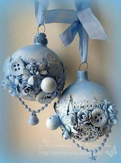 other christmas baubles Beaded Christmas Ornaments, Noel Christmas, Pink Christmas, Homemade Christmas, Handmade Ornaments, Christmas Items, Christmas Signs, Shabby Chic Christmas, Victorian Christmas