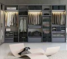 Unique closet design ideas will definitely help you utilize your closet space appropriately. An ideal closet design is probably the […] Hanging Wardrobe, Walk In Wardrobe, Bedroom Wardrobe, Wardrobe Design, Wardrobe Ideas, Closet Ideas, Wardrobe Organisation, Sliding Wardrobe, Organization