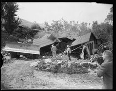 Chavez Ravine Los Angeles - razing of final home 1959