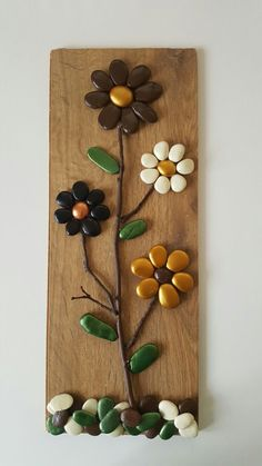 Pebble Painting, Pebble Art, Stone Painting, Stone Crafts, Rock Crafts, Arts And Crafts, Rock Flowers, Rock And Pebbles, Deco Originale