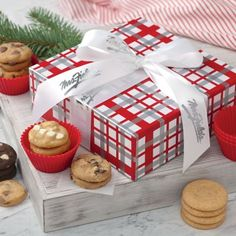 Mrs. Fields - Mad for Plaid Gift Box