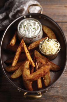 Cajun Potato Wedges with Sour Cream, Cheese, and Chive Dip