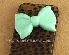 IPhone 5 case, Leopard Decal iPhone 5 Hard Case, cheetah iphone 5 case with pastel mint green bow case