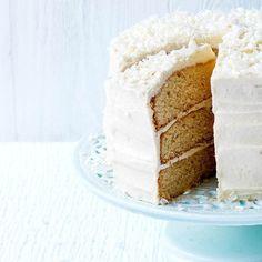 Easiest ever white chocolate fudge cake