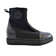 Stunning shoes now at #Nicci stores & online www.nicci.co.za #Scuba #look #trend