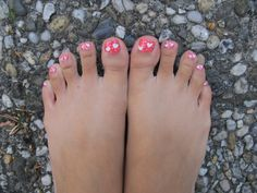 Love your toes with HEARTS