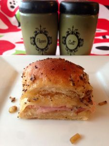 Baked Hawaiian Ham Rolls and other delicious Super Bowl recipes on www.soupbowlrecipes.com