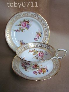 HAMMERSLEY DRESDEN SPRAYS 12673 TEA CUP TRIO T. GOODE & CO LONDON  (Ref1226)