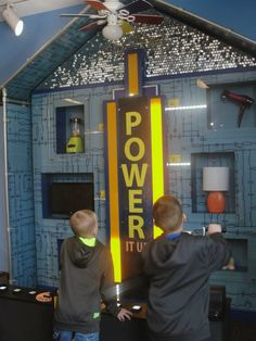 The @discovcenmuseum in Rockford, IL provides a unique hands-on experience in the sciences and arts! In addition, visitors can explore Rock River Discovery Park, a giant outdoor science park with a hands-on twist! #OurCommunity