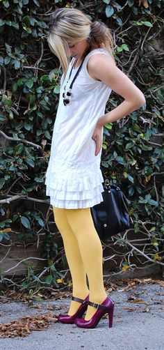 http://cupcakesandcashmere.com/files/wp-content/uploads/2009/02/yellow-tights.jpg