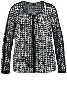 Een geruite blouse voor elegante trendy looks! De vloeiende stof brengt de expressieve contrast voering prachtig in beeld. Koele stijl met een ronde h... Bekijk op http://www.grotematenwebshop.nl/product/charmant-geruite-blouse/