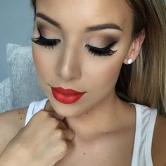 Simple classic makeup look