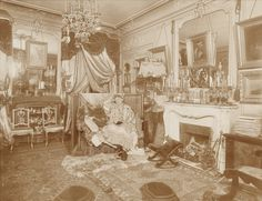 INTERIEUR PARISIEN DE MERY LAURENT / Méry Laurent (1849–1900), born Anne Rose Suzanne Louviot, was a French actress