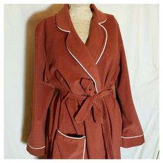 Check out this item in my Etsy shop https://www.etsy.com/listing/268897138/vintage-70s-kayser-brown-bath-robe