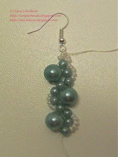 Beading for the very beginners: Beaded earrings in marine blue colors